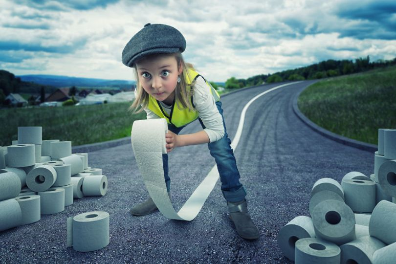 5a8ae4e52813d Toilet paper harvest 5a83e6741007c  880 - Manipulação de imagens loucas com os filhos