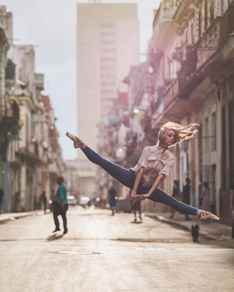 omarzrobles 12918016 1698049010465727 168464247 n 1 - Dançarinos de balé praticam seus movimentos nas ruas para foto