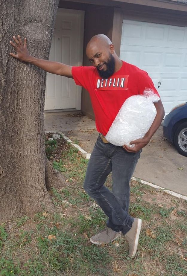 5ac5c8a4d0b73-5abcf5e691317_netflix-and-chill-halloween-costume__700 20+ Pun-tastic Costumes You'll Have To Look At Twice To Understand Random