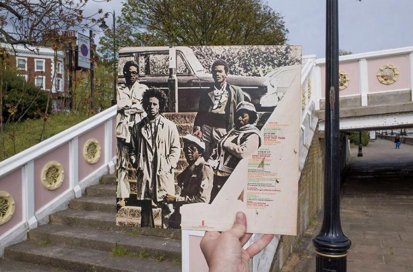 5accb888575a6 Photographer does tour in London by registering the location of the iconic reggae vinyl album covers 5ac72bb2a716e  880 - Fotógrafo passa 10 anos rastreando os locais originais das capas de vinil