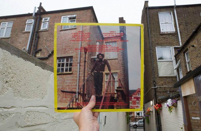 5accb889b7d37 Photographer does tour in London by registering the location of the iconic reggae vinyl album covers 5ac72be00bb38  880 - Fotógrafo passa 10 anos rastreando os locais originais das capas de vinil