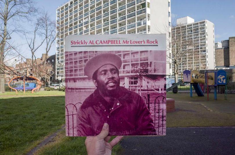 5accb88bd0d8e Photographer does tour in London by registering the location of the iconic reggae vinyl album covers 5ac72bcf4dfa1  880 - Fotógrafo passa 10 anos rastreando os locais originais das capas de vinil