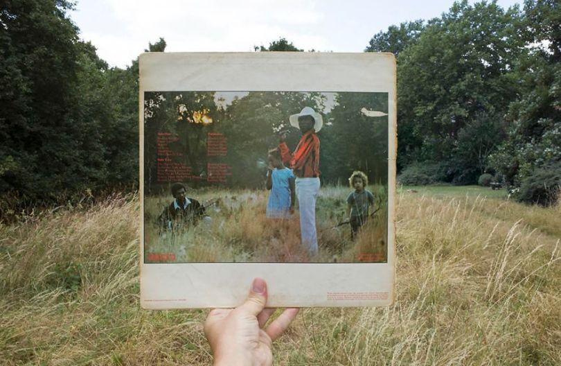 5accb88dbfd96 Photographer does tour in London by registering the location of the iconic reggae vinyl album covers 5ac72c0327d6f  880 - Fotógrafo passa 10 anos rastreando os locais originais das capas de vinil
