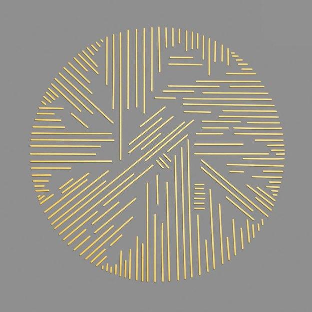organizing-the-circle-series-kmsalvagedesign-kristen-meyer-1 Artist Arranges Everyday Objects To Make Perfect Art Pieces Art Random