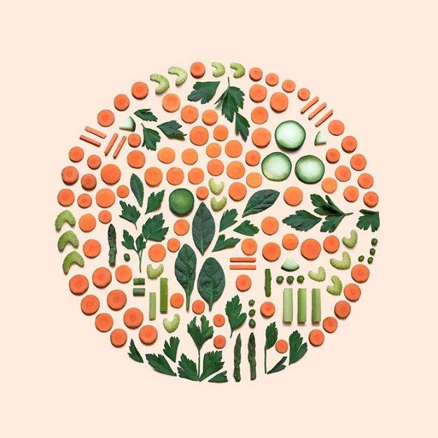 organizing-the-circle-series-kmsalvagedesign-kristen-meyer-11 Artist Arranges Everyday Objects To Make Perfect Art Pieces Art Random