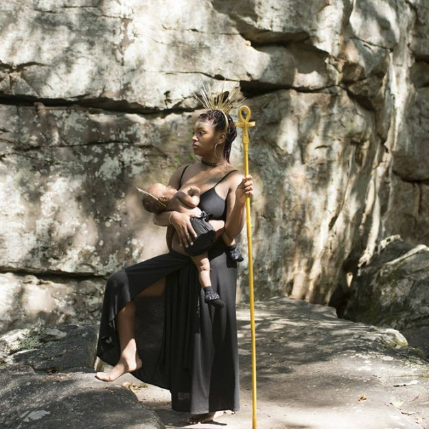 photography-photo-shoot-women-of-color-breastfeeding-angela-warren-lakisha-cohill-5 Goddesses Photoshoot Empowers Women Of Color To Breastfeed In Public Photography Random
