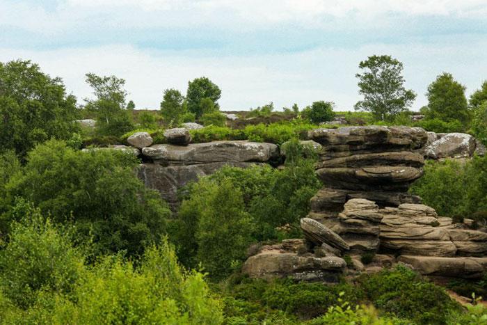 5b236f6dc5bc8 brimham rock york moors vandalism north yorkshire 5 5b2210118dcd3  700 - Adolescentes destroem 320 milhões de anos de história em poucos segundos