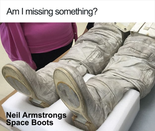5bb7155ef3f51-neil-armstrong-moon-walk-space-boot-tumblr-5bb5bfc409fb5__700 Someone Points Out That Neil Armstrong's Boot Doesn't Match The Print On The Moon, So The Internet Destroys Them With Facts Random