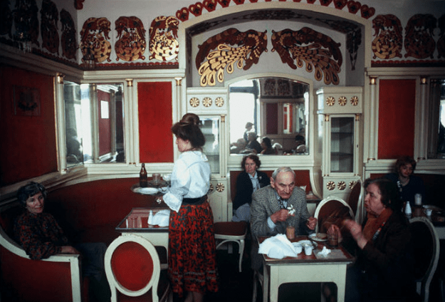 poland-in-early-80s-bruno-barbey-14-1 In The 1980's, This Photographer Traveled 40,000 Km Around Poland To Photograph Its Daily Life Photography Random