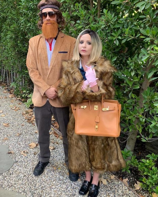 5be0553e04227-Bpnir6vDEWf-png__700 30+ Celebrities Who Completely Nailed This Year's Halloween Random