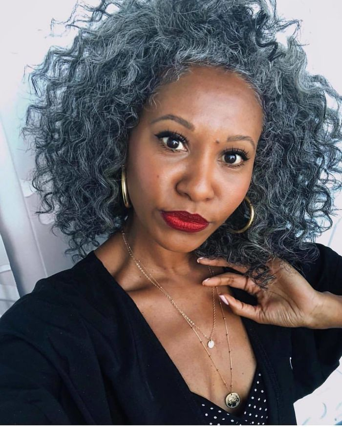These 50 Women Refuse To Dye Their Hair And Look Amazing Anyway