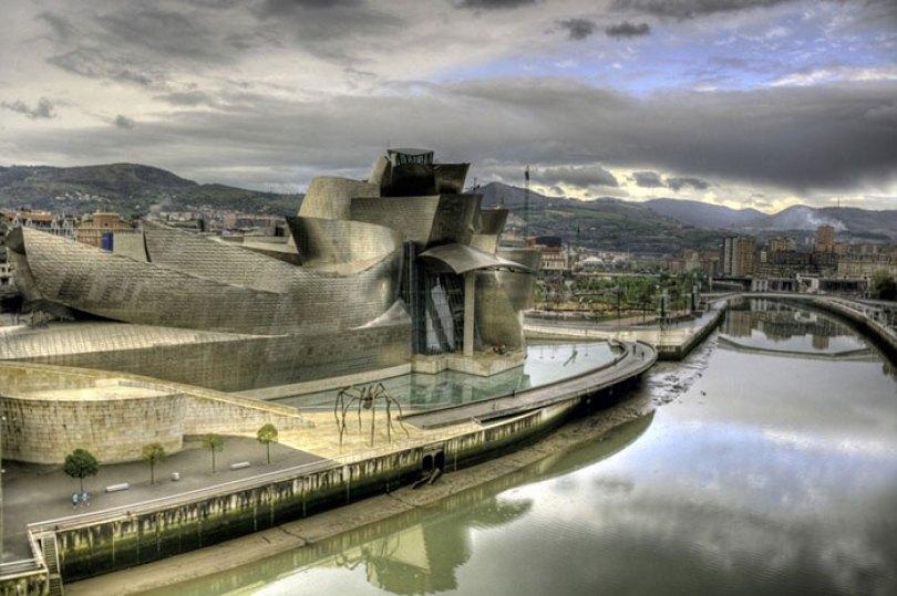 5c5011443a6d2 700 3453231550 65d48618d1 o 5c4737523468e  700 - Os impressionantes edifícios do arquiteto Frank Gehry