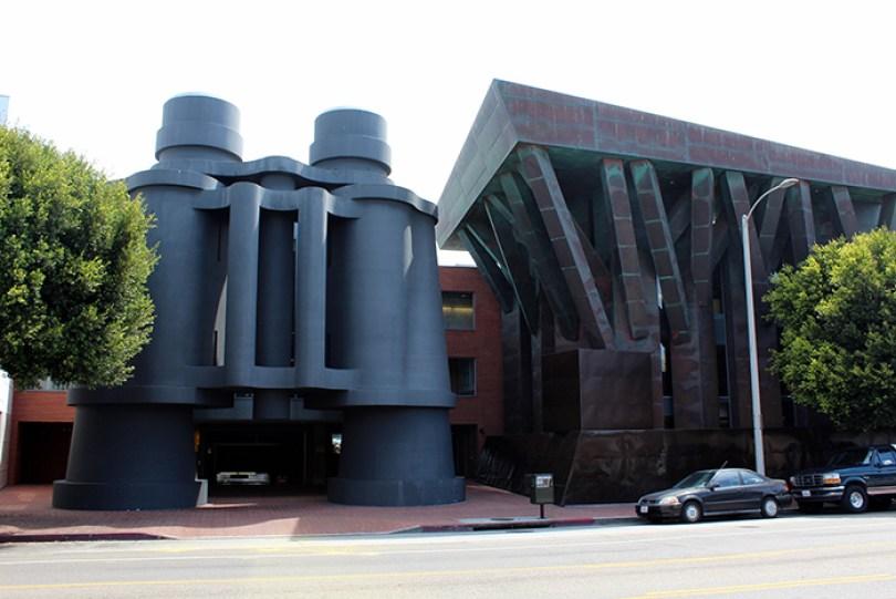 5c5011460e936 binoculars 5c48701eb12e9  700 - Os impressionantes edifícios do arquiteto Frank Gehry