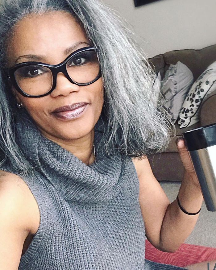 These 30 Women Are Ditching Hair Dye And Embracing Their Natural