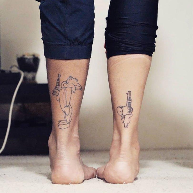 5cee3cdbcd8fd matching tattoo ideas 3 5ce53d592e1d3  700 - 30 criativas tatuagens conectadas entre pessoas