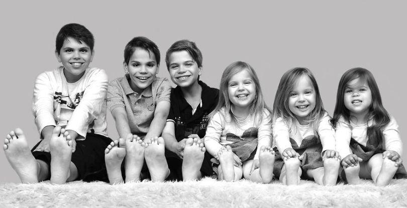 5d68d21266d93 34 months Fathers day best no 5d55154cf2fde  880 - Mãe de gêmeos e depois trigêmeos documenta sua família em fotos adoráveis