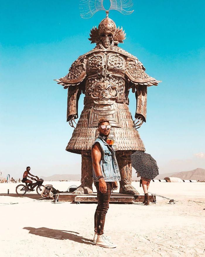 5d6f6c5239cc8 icannotknow 3 9 2019 9 23 51 884 5d6e06d781182  700 - 30 fotos do festival Burning Man Nevada 2019