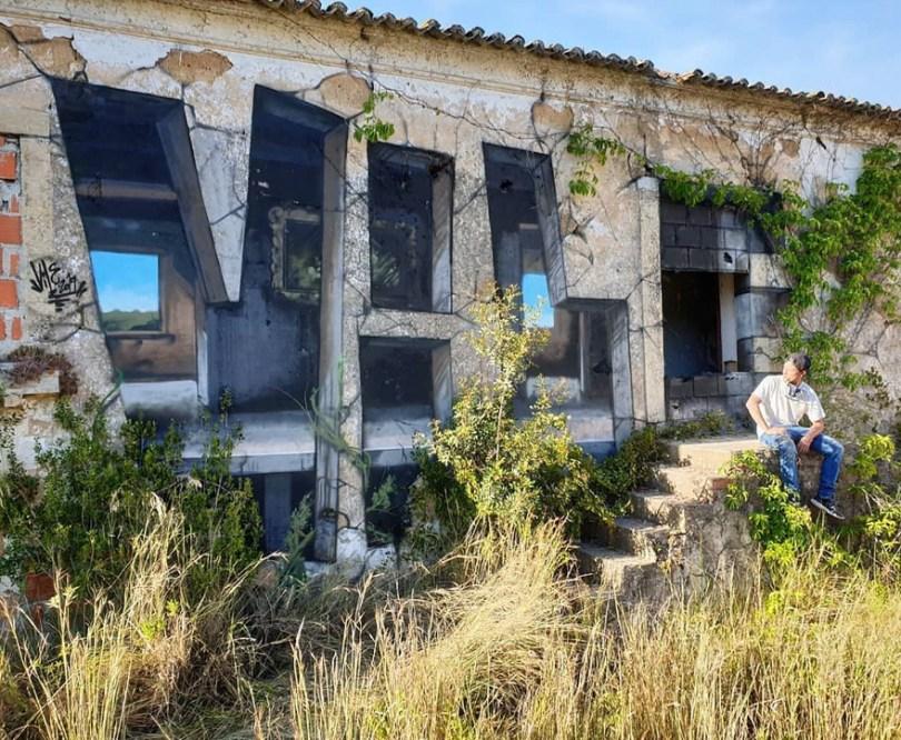 amazing transparent graffiti vile 17 - Português faz as paredes parecerem transparentes usando nada além de tinta Spray