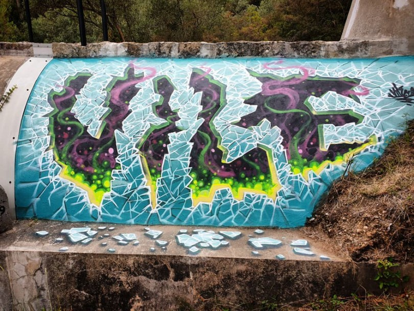 amazing transparent graffiti vile 23 - Português faz as paredes parecerem transparentes usando nada além de tinta Spray