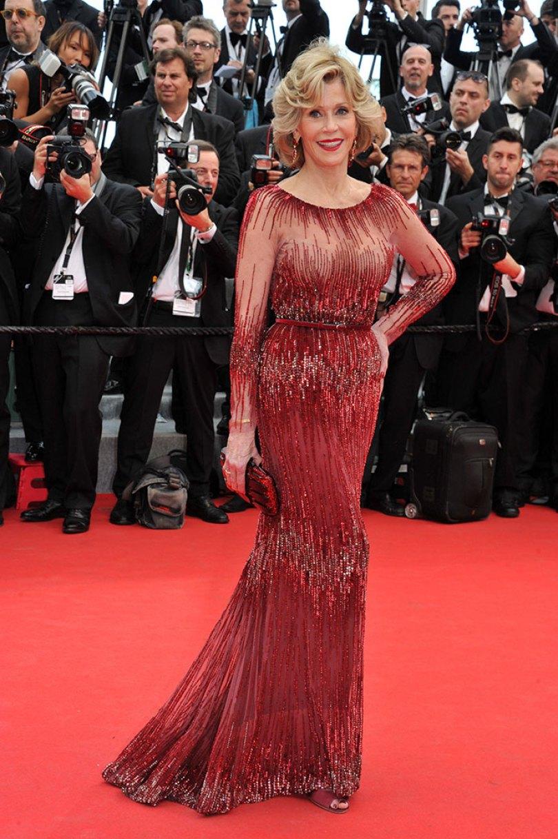 5e43b7078885c celebrities actors recycled clothes sustainability oscars 11 5e42af239b829  700 - Ricas, sim! Repetir o vestido, também!