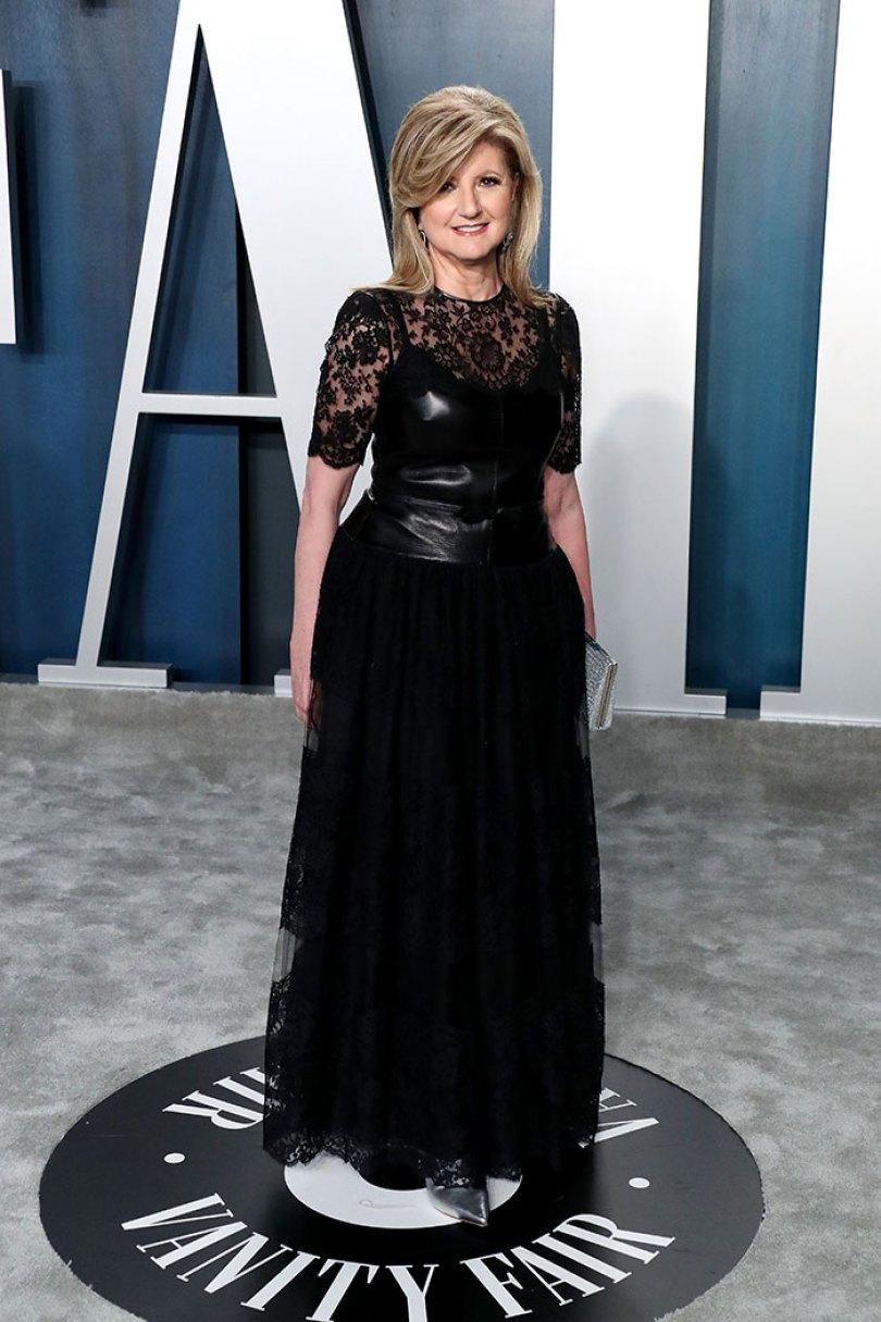 5e43b7090fb79 celebrities actors recycled clothes sustainability oscars 14 5e42af2ac7de0  700 - Ricas, sim! Repetir o vestido, também!