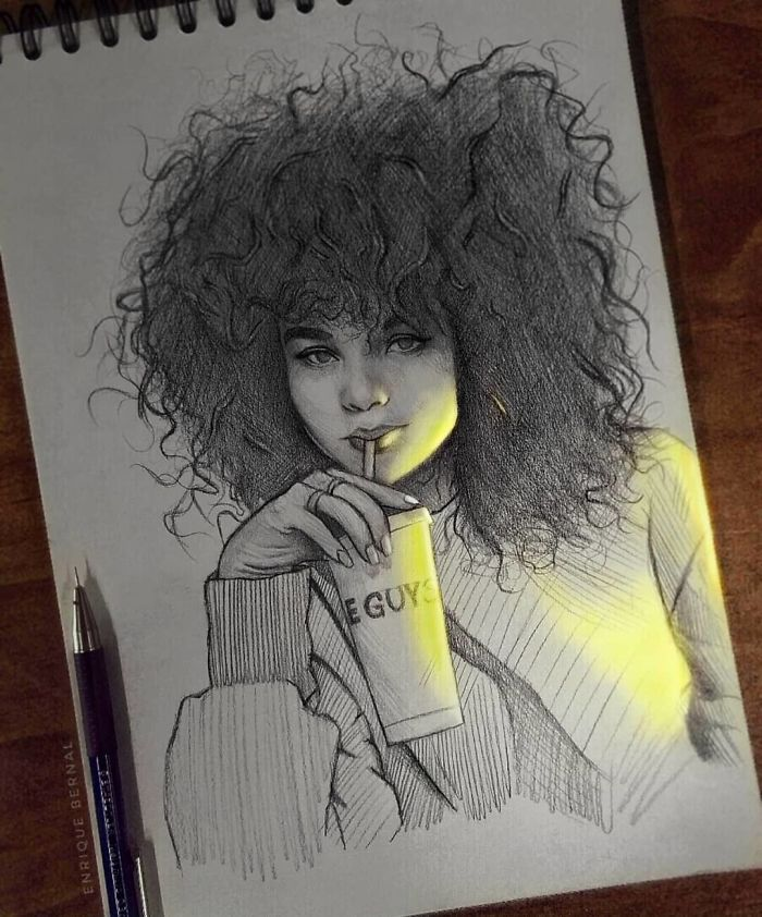 5e4b9f6955fcc B2lIUTFpqao png  700 - Técnica única deste artista faz parecer que seus desenhos estão brilhando