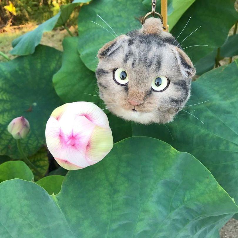 5e577ebb74ed6 Japanese artist continues to create bags in the shape of cats and realism impresses 5e54ce986375d  880 - Artista japonês cria Bolsas de gatos que assustam de tanta veracidade