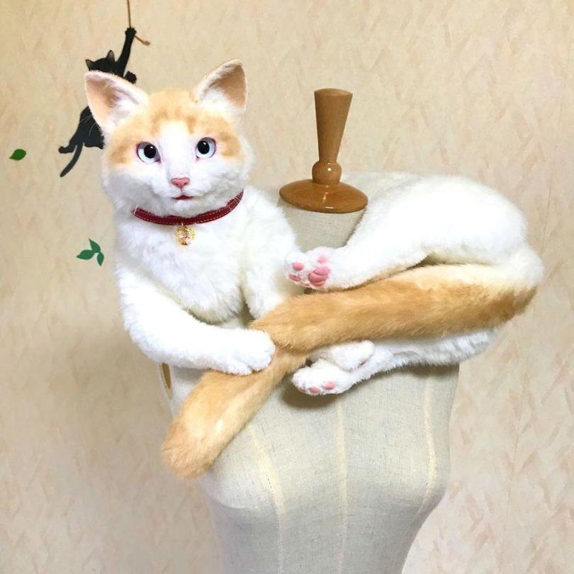 5e577ebc6a256 Japanese artist continues to create bags in the shape of cats and realism impresses 5e54cec2ed136  880 - Artista japonês cria Bolsas de gatos que assustam de tanta veracidade