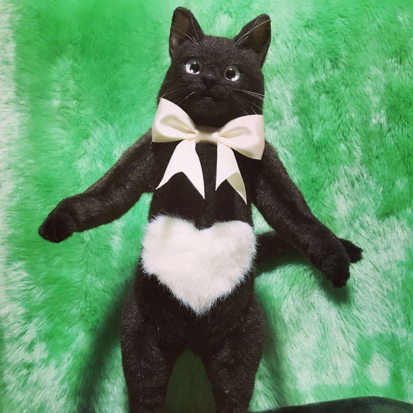 5e577ec33b38f Japanese artist continues to create bags in the shape of cats and realism impresses 5e54d077c2619  880 - Artista japonês cria Bolsas de gatos que assustam de tanta veracidade