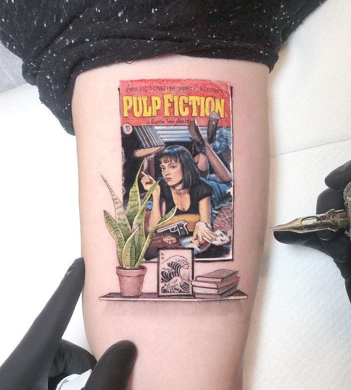 5e689afa01321 B2EILQYlvJ6 png  700 - Tatuagens minúsculas inspiradas na cultura Pop de tatuador Israelense