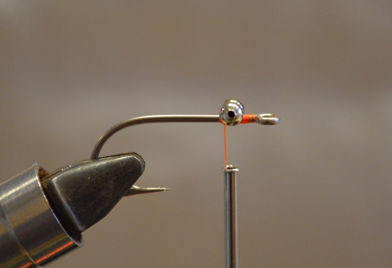 How to tie the Mini Puff Bonefish Fly.