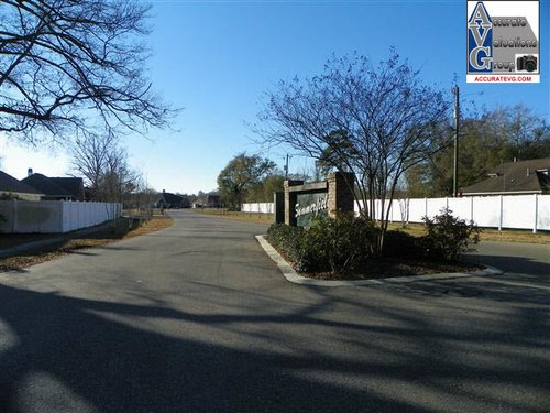 Summerfield Subdivision Entrance Denham Springs LA 70726 (2)