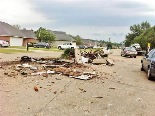 South Point Subdivision Sign Destroyed July 4th 2012 Photos Denham Springs Louisiana (4)