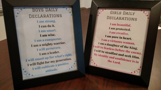 Giveaway- Declarations in 8x10 photo frame