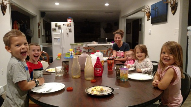 Here is what a day looks like for me as a blogger and a mom of five little children.