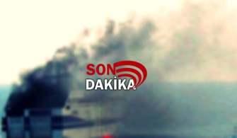 Çanakkale Boğazında Türk Bayraklı Gemide Yangın