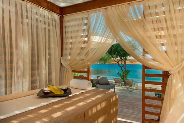 D-Hotel_Maris_Executive_Beach_Cabana_ESPA_Detail_1_jpeg