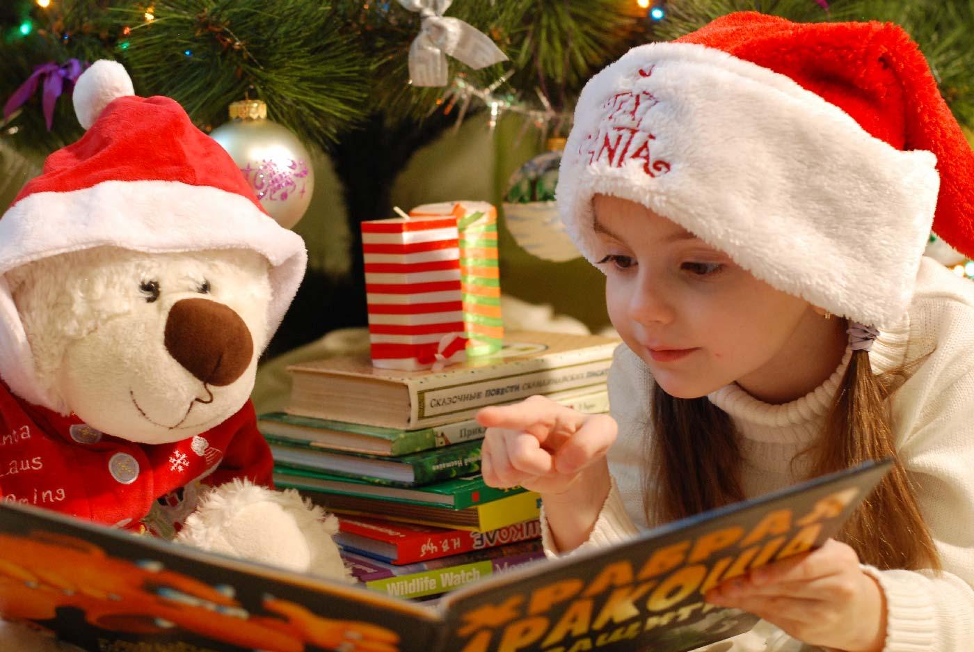 I bambini amano cantare le canzoncine di natale e vivere in pieno l'atmosfera natalizia. Bambini E Denti A Natale Alcuni Buoni Consigli Dolci Si O No