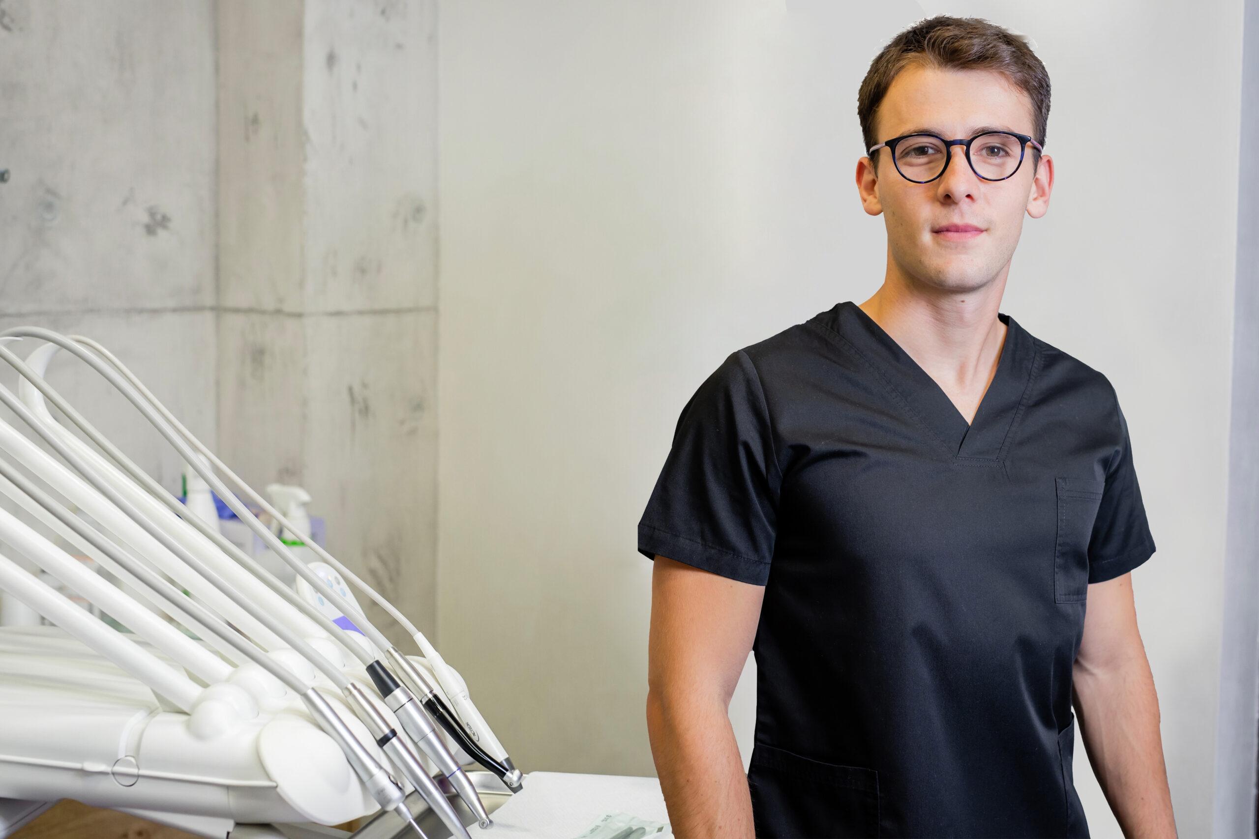 Dr. Dîmbean Paul