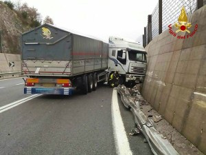 incidente-straadale-ss7-003
