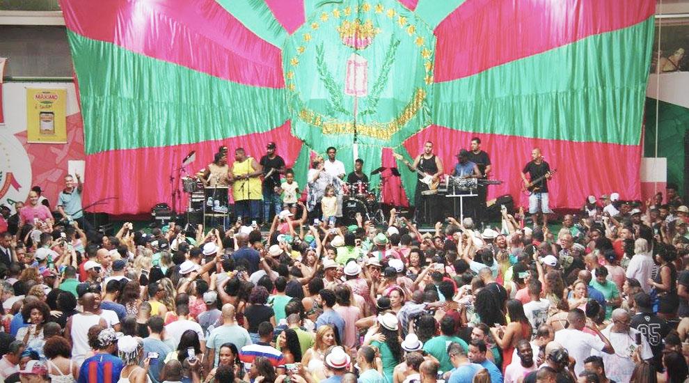 mangueira-scuola-samba-feijoada
