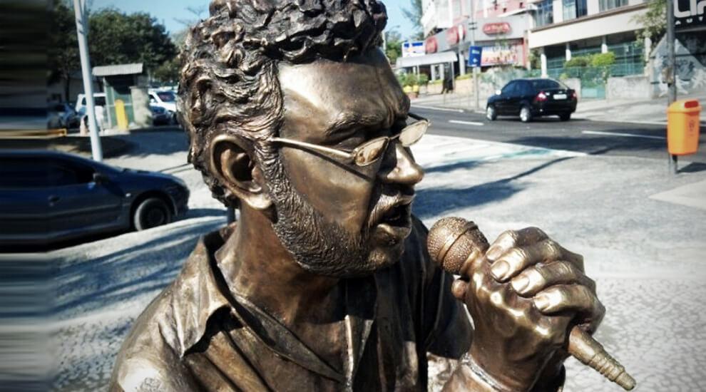 statua-renato-russo-rio-de-janeiro