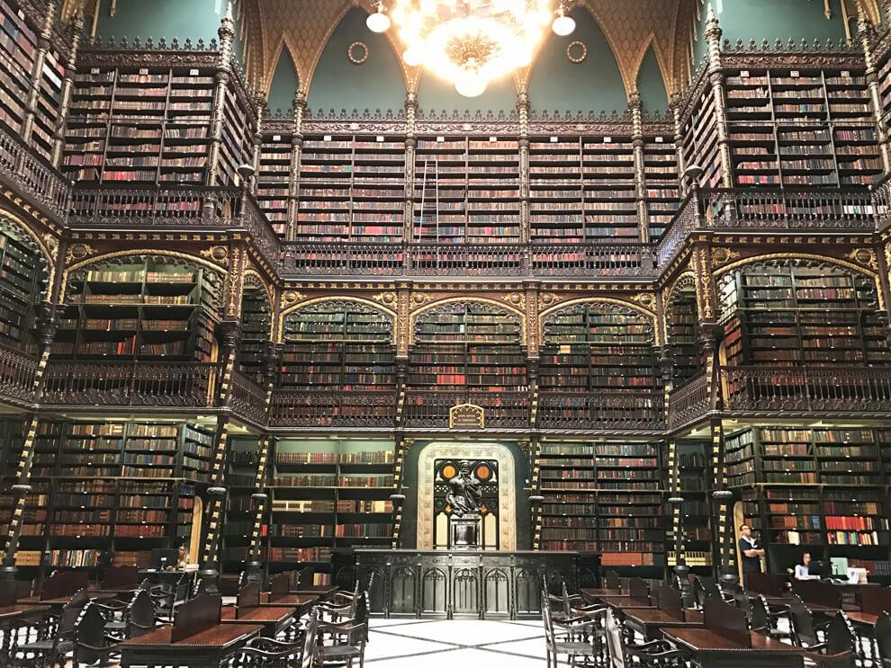 biblioteca-antica-rio-de-janeiro-real-gabinete-portugues-leitura-rio-de-janeiro-3