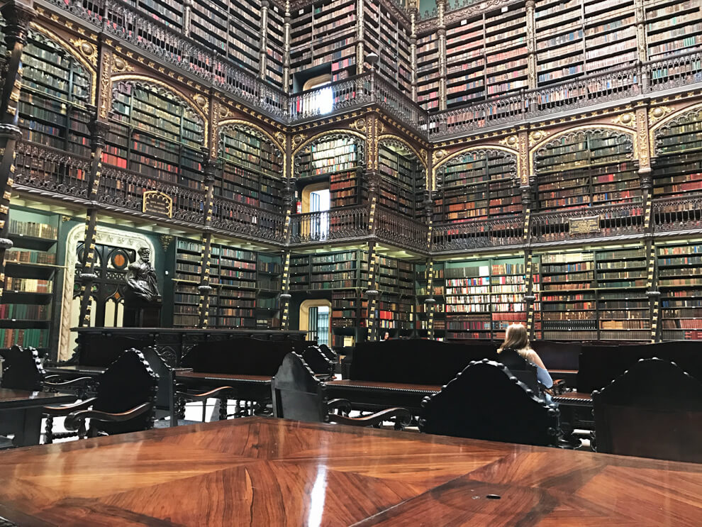 famosa-libreria-rio-de-janeiro-real-gabinete-portugues-leitura-4