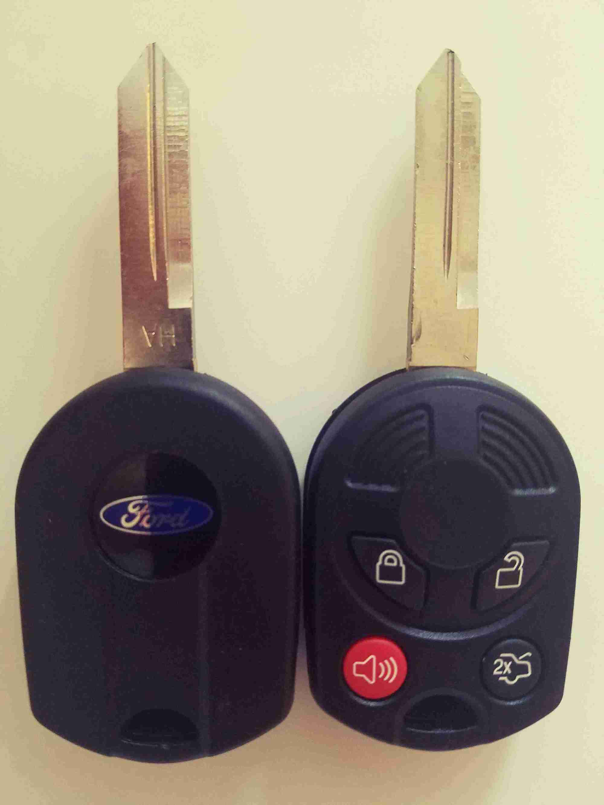 hight resolution of mustang key