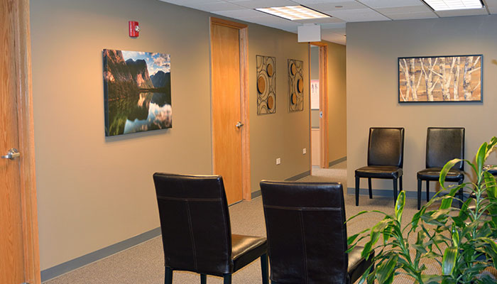 chiropractic office for back pain