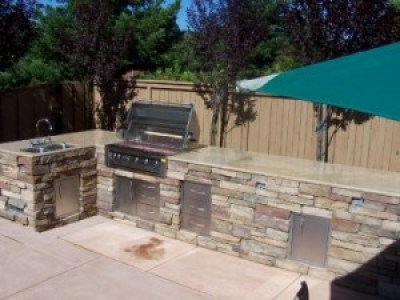 Custom bbq islands and Outdoor Kitchen design is a Denver specialty