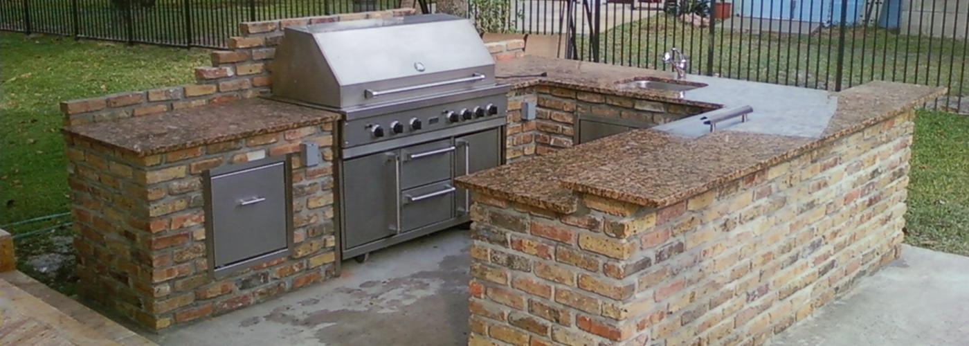 Denver custom outdoor kitchens and BBQ islands
