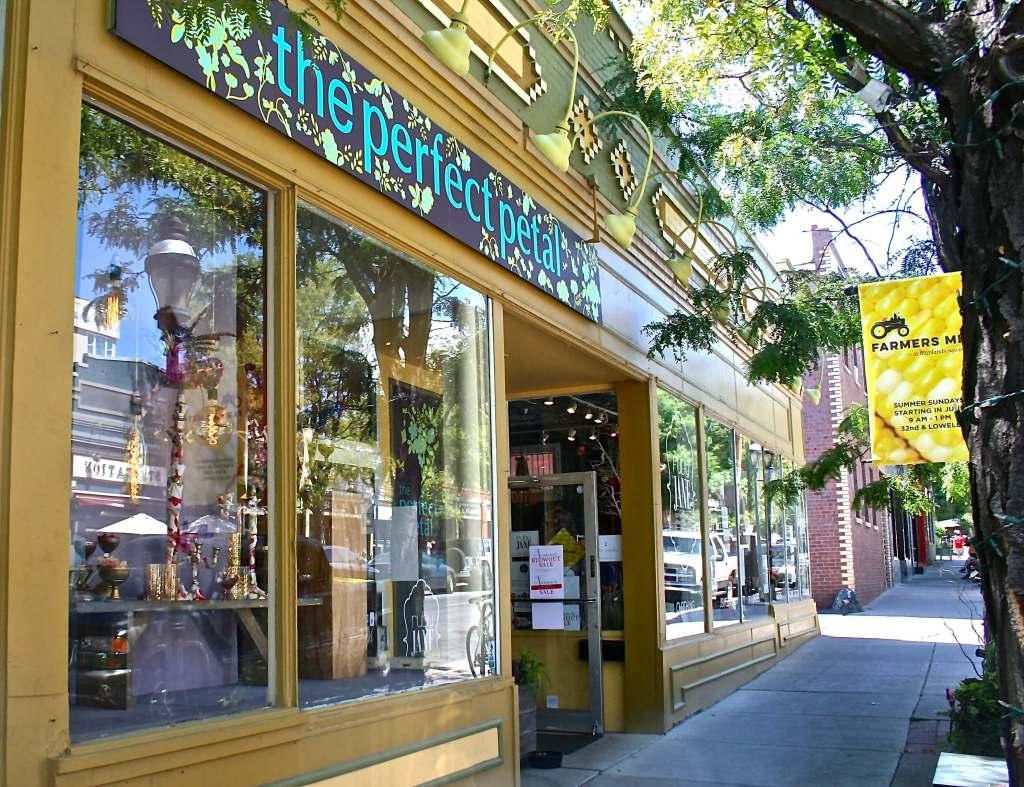 Denver card shops: Perfect Petal