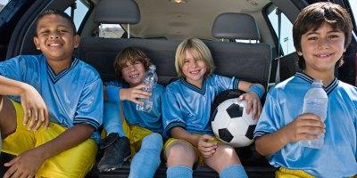 Kids-and-Cargo-TrueCar-pricing-Thinkstock-82047570
